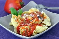 429 kcal. Raviolis frais à la sauce tomate maison