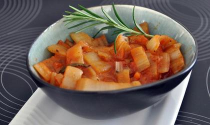 Côtes de blette à la sauce tomate