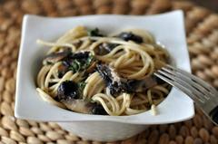224 kcal. Spaghetti à la crème de champignons