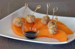 170 kcal. Minibrochettes de Melon-Mozzarella