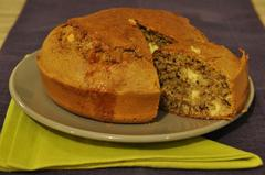 357 kcal. Cake aux Noix et Roquefort