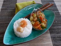 173 kcal. Pétoncles et Crevettes façon méditérannée