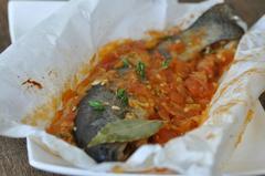 269 kcal. Truite en papillote à la fondue de tomates