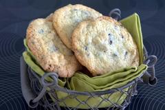 350 kcal. Cookies aux noix et pépites de de chocolat