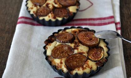 Tartelettes de figues fraîches aux amandes