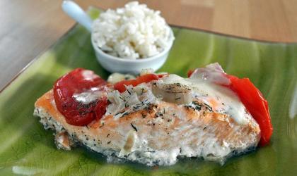 Papillote de saumon, tomate et mozzarella