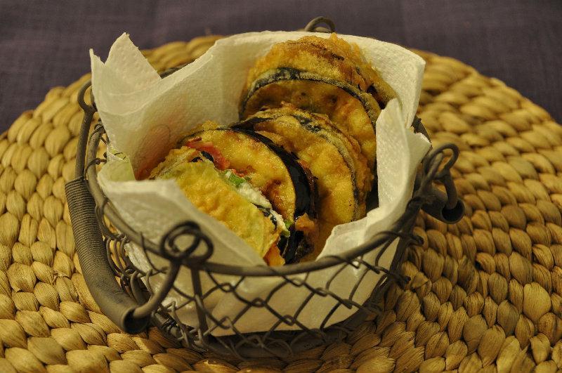 Beignets d'aubergine et chorizo