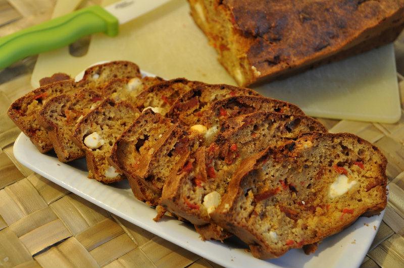 Cake au Poivron rouge, fêta  et chorizo