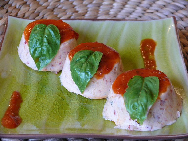 Flans de concombre et poivrons