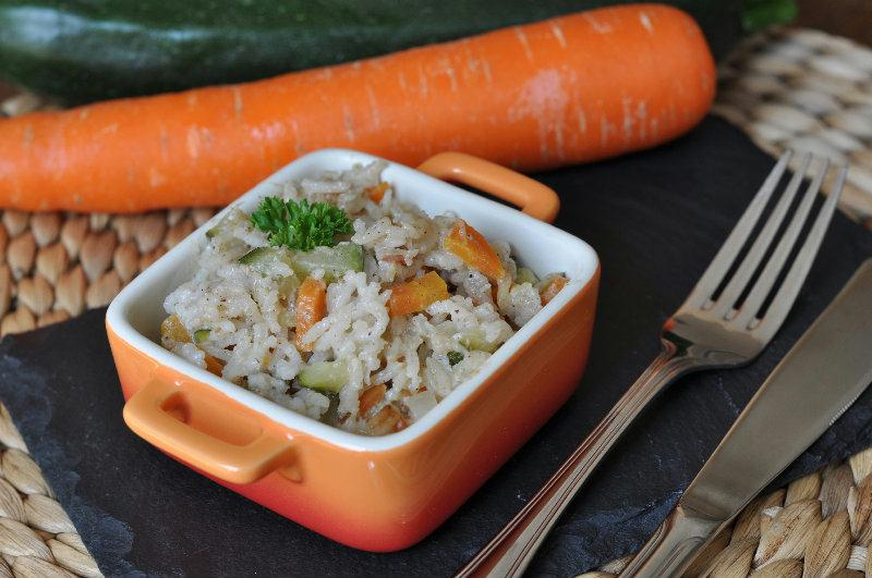 Riz pilaf au lait de coco, courgette et carotte