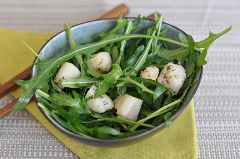 Salade de roquette aux pétoncle