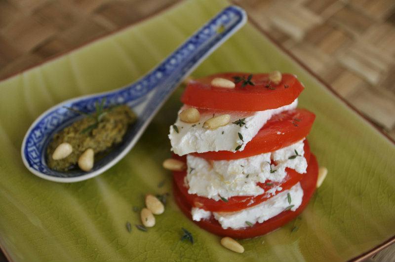 Tomate et chèvre frais