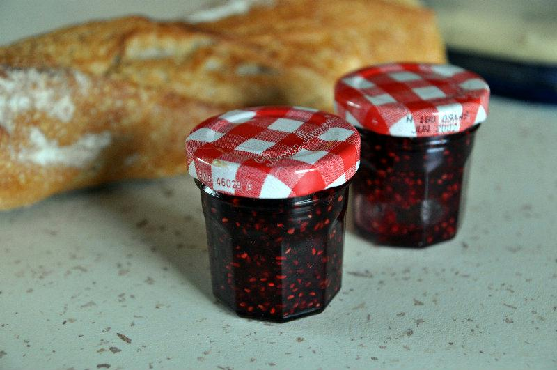 recette confiture de framboises maison. Black Bedroom Furniture Sets. Home Design Ideas